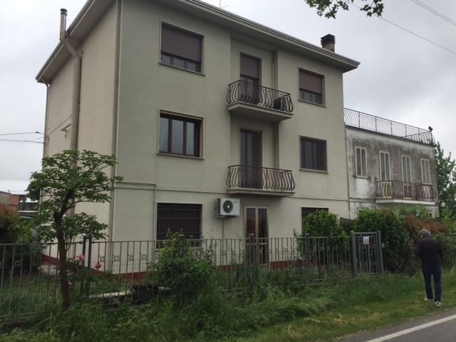Appartamento in affitto a Vigarano Mainarda, 2 locali, zona Località: Vigarano Mainarda, prezzo € 400 | Cambio Casa.it