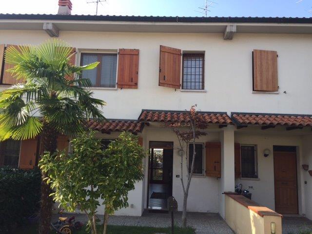 Villa a Schiera in Vendita a Poggio Renatico