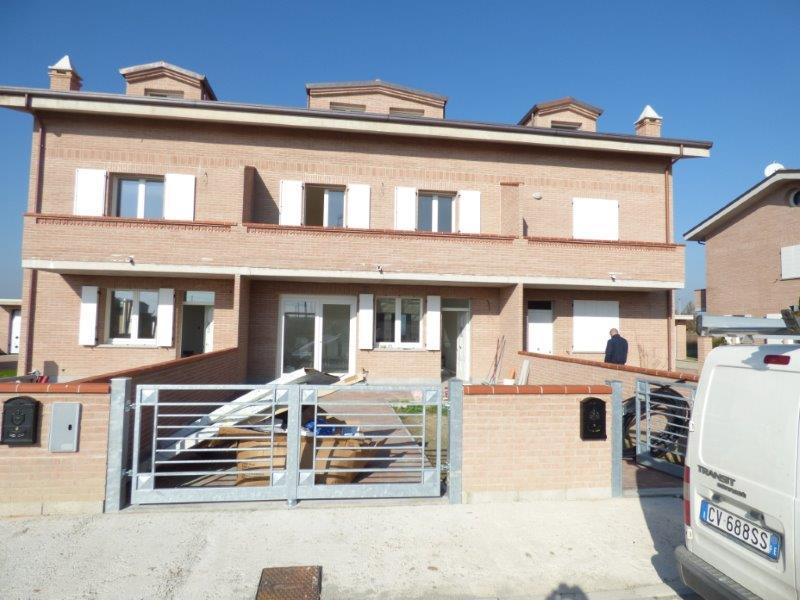 Villa in vendita a Vigarano Mainarda, 3 locali, zona Località: Vigarano Mainarda, prezzo € 245.000 | Cambio Casa.it