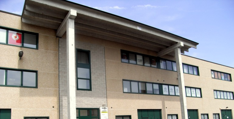 Capannone in affitto a Ferrara, 9999 locali, zona Zona: Via Bologna , prezzo € 2.000   Cambio Casa.it