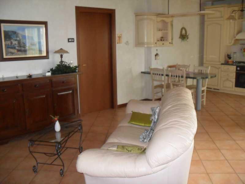 Appartamento in vendita a Poggio Renatico, 3 locali, zona Località: Poggio Renatico, prezzo € 125.000 | Cambio Casa.it