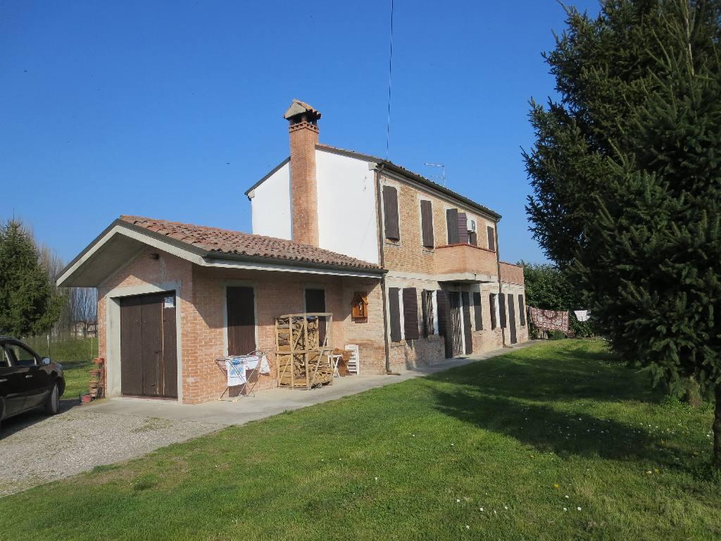 Villa in vendita a Copparo, 3 locali, zona Località: Copparo, prezzo € 210.000 | Cambio Casa.it