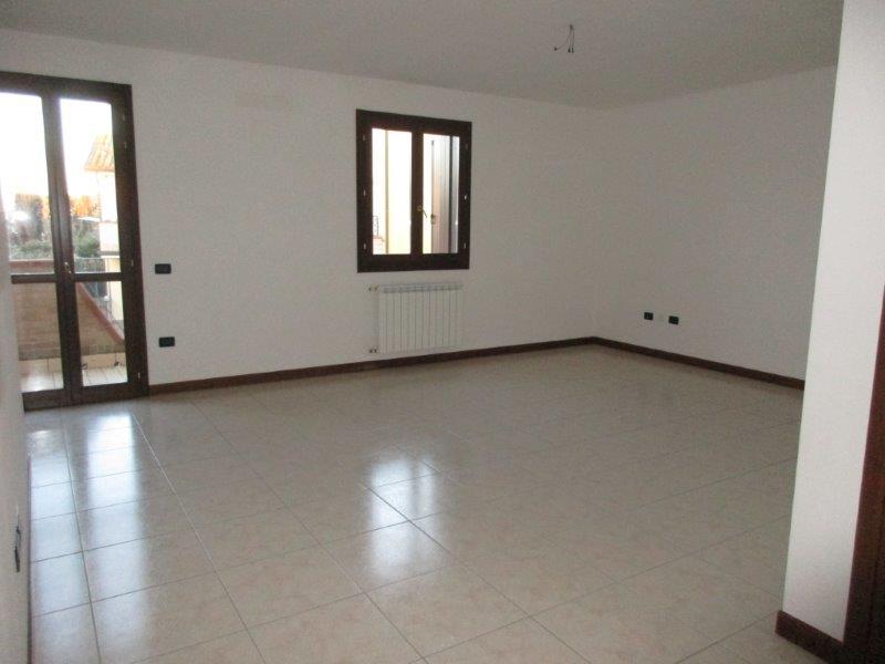 Villa Affiancata - Schiera CANARO vendita  Canaro  LA TORRE IMMOBILIARE