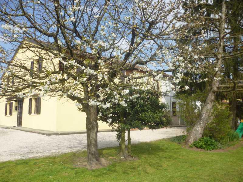 Villa in vendita a Voghiera, 4 locali, zona Località: Voghiera, prezzo € 40.000 | CambioCasa.it