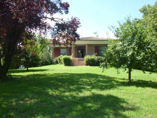 Villa in vendita a Ferrara, 3 locali, zona Zona: Monestirolo, prezzo € 325.000   Cambio Casa.it