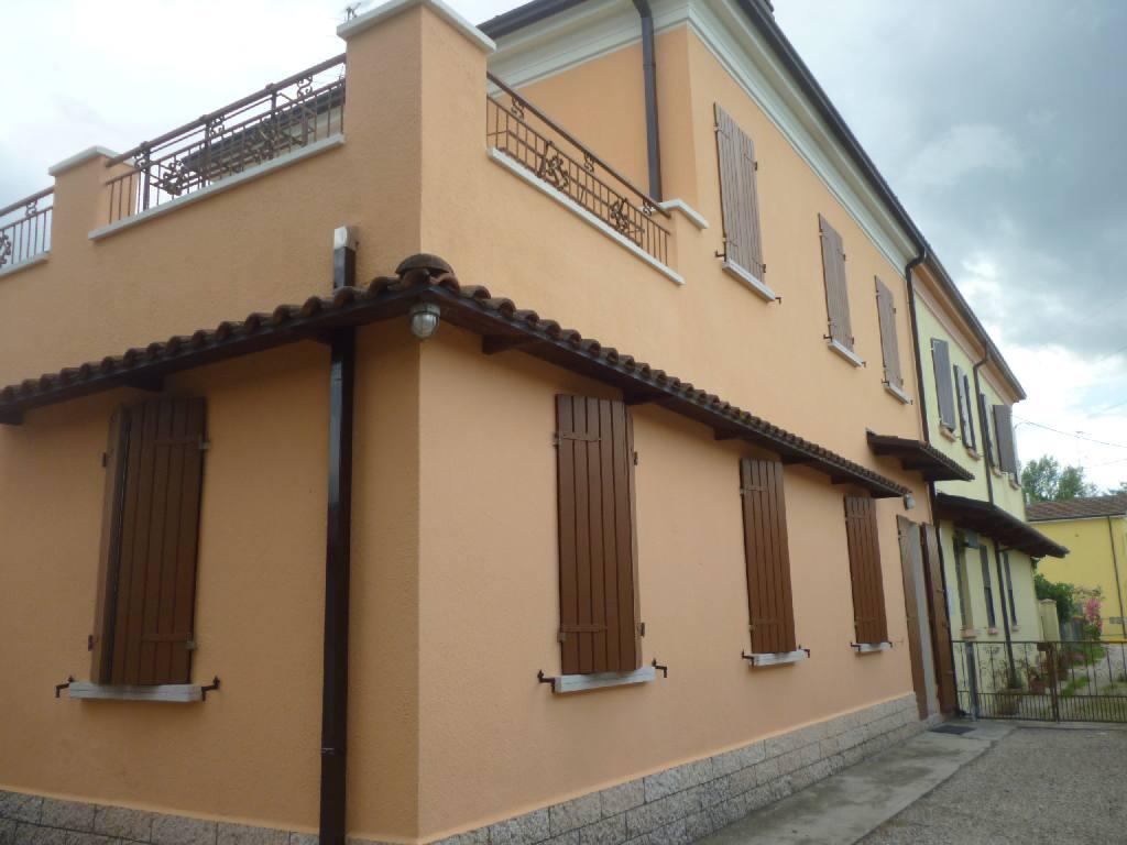 Villa Bifamiliare in vendita a Portomaggiore, 2 locali, zona Località: Portomaggiore, prezzo € 88.000 | CambioCasa.it