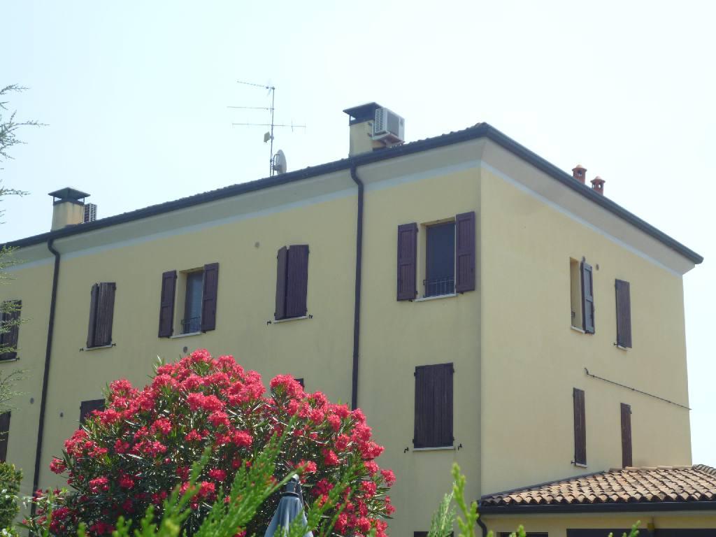 Attico / Mansarda in vendita a Ferrara, 1 locali, zona Località: S. Martino, prezzo € 95.000   Cambio Casa.it