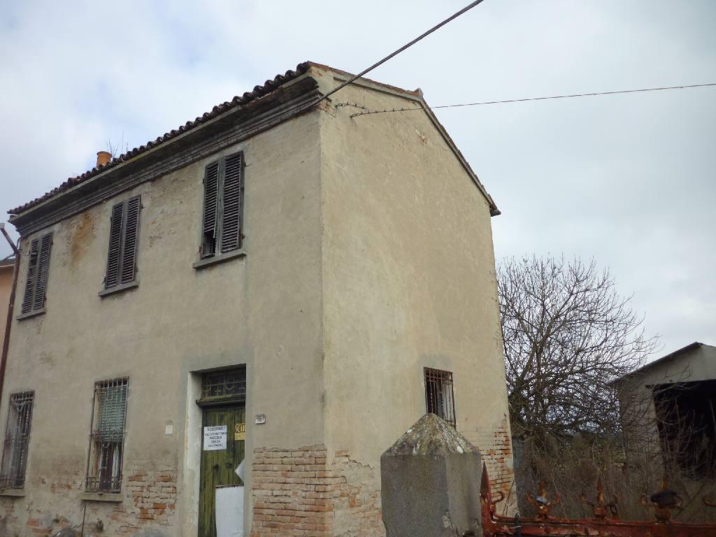 Altro in vendita a Masi Torello, 3 locali, zona Località: Masi Torello, prezzo € 23.000 | CambioCasa.it