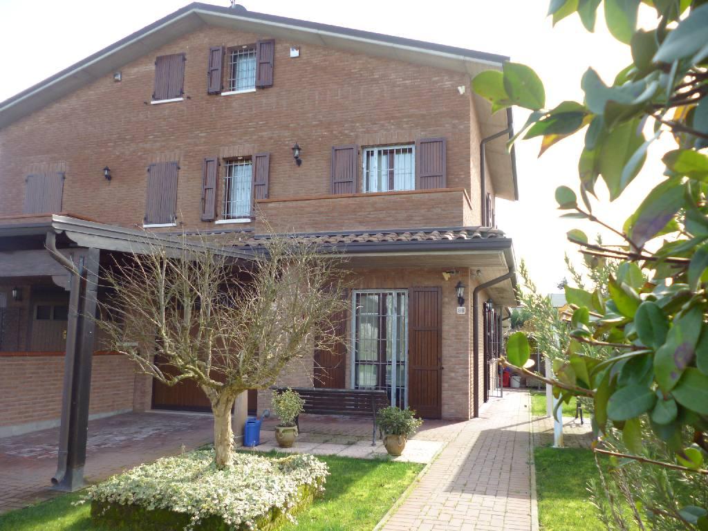 Villa in vendita a Ferrara, 3 locali, zona Zona: Cona, prezzo € 230.000   Cambio Casa.it