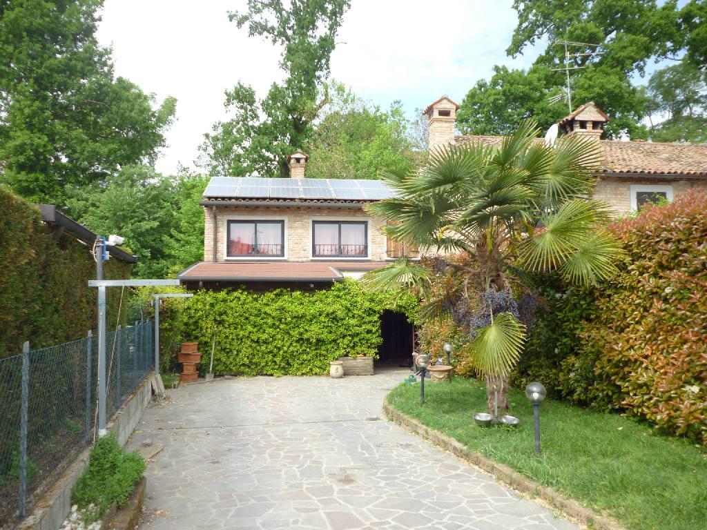 Villa in vendita a Voghiera, 3 locali, zona Località: Voghiera, prezzo € 175.000 | CambioCasa.it