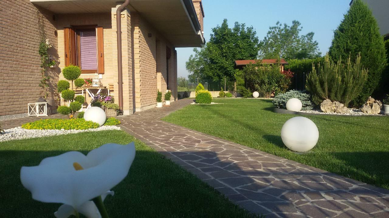 Villa a Schiera in Vendita a Ferrara