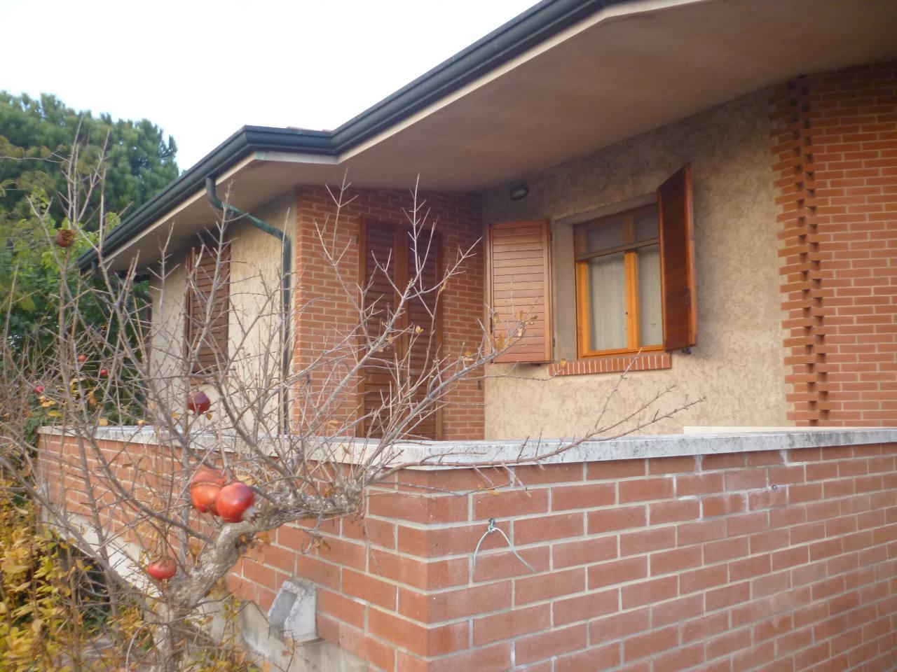 Villa in vendita a Voghiera, 3 locali, zona Località: Voghiera, prezzo € 450.000   CambioCasa.it