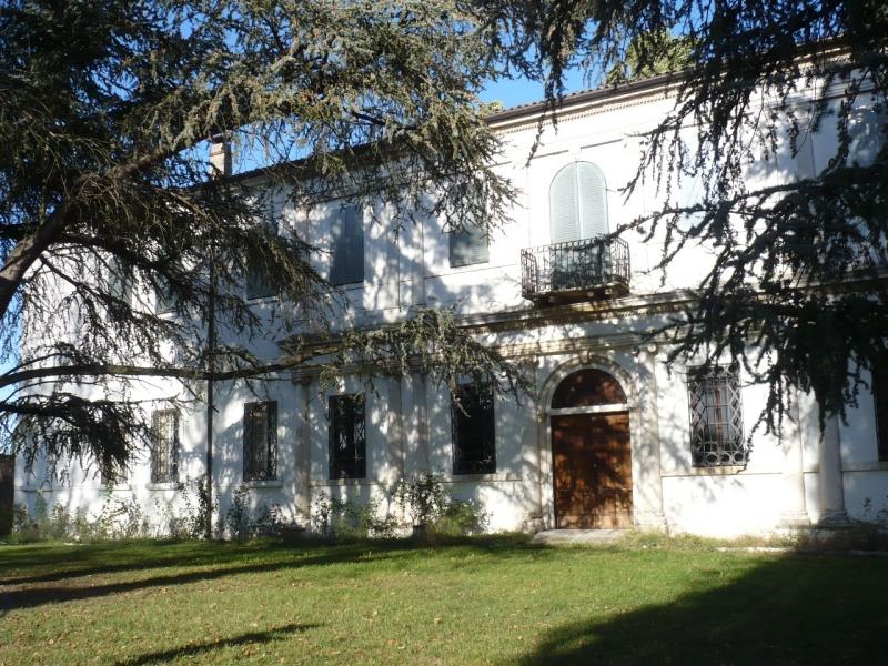 Villa in vendita a Ferrara, 11 locali, zona Zona: Via Bologna , prezzo € 1.500.000 | CambioCasa.it