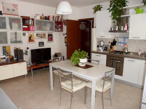Appartamento in affitto a Ferrara, 2 locali, zona Località: S. Martino, prezzo € 430 | CambioCasa.it