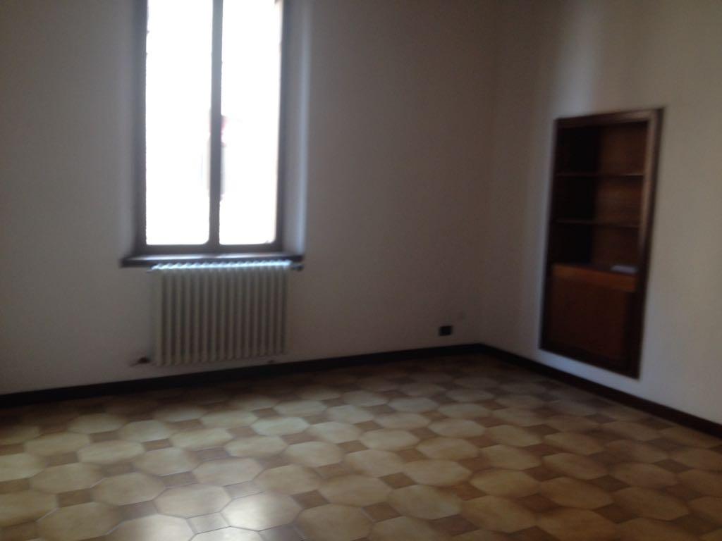 Ufficio Casa Immobiliare : Ufficio affitto centro storico ferrara area casa agenzia