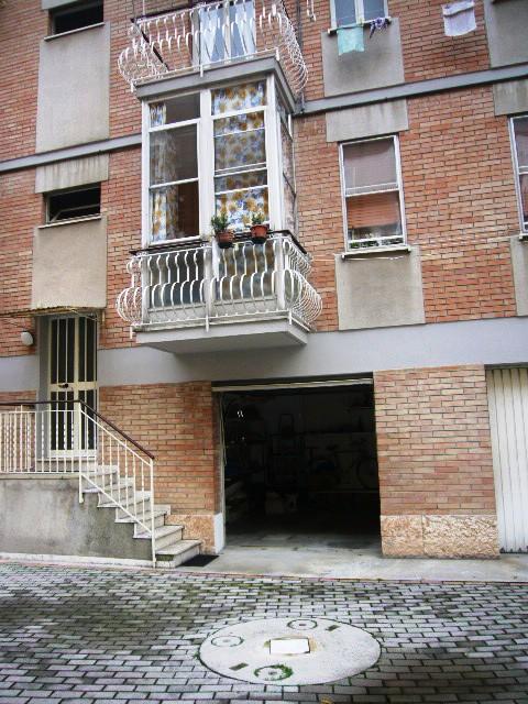Garage in vendita Ferrara Zona Via Bologna