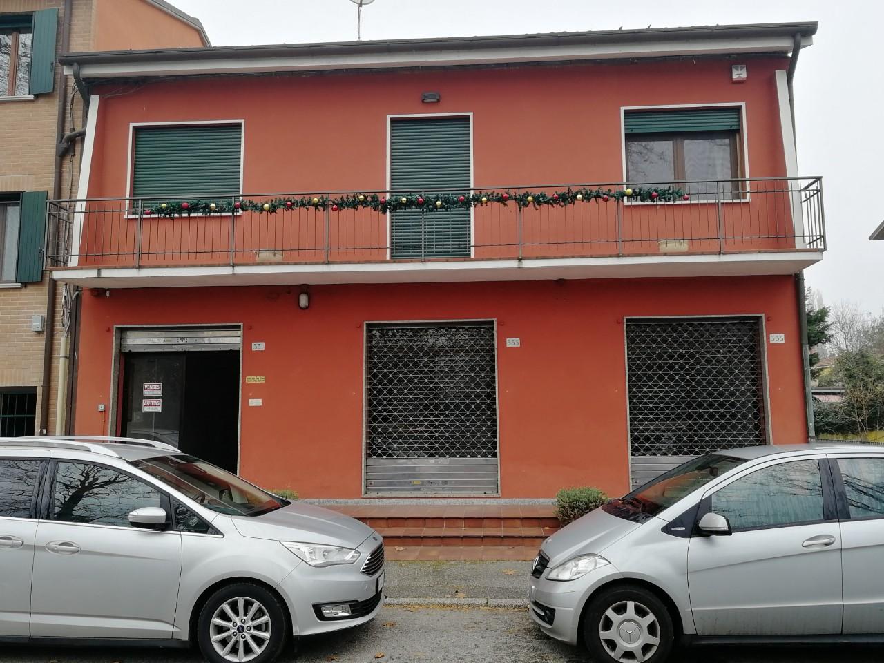 Negozio in affitto Ferrara Zona Via Comacchio