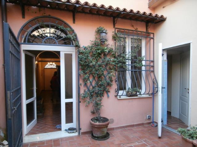 Casa Indipendente in affitto Ferrara Zona Centro Storico