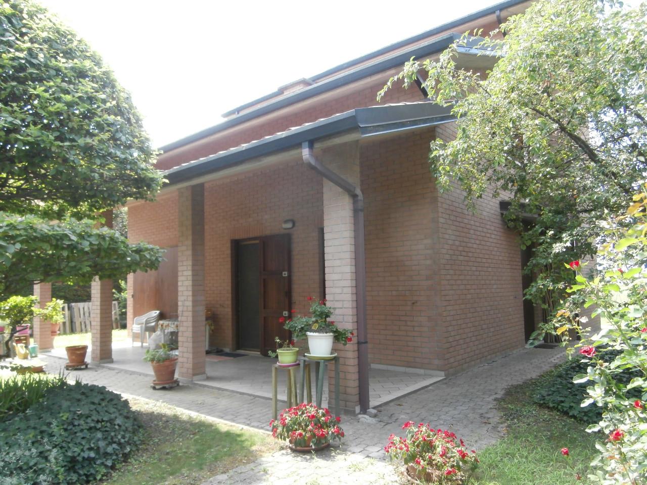 Villa Indipendente in vendita Ferrara Zona Pontegradella