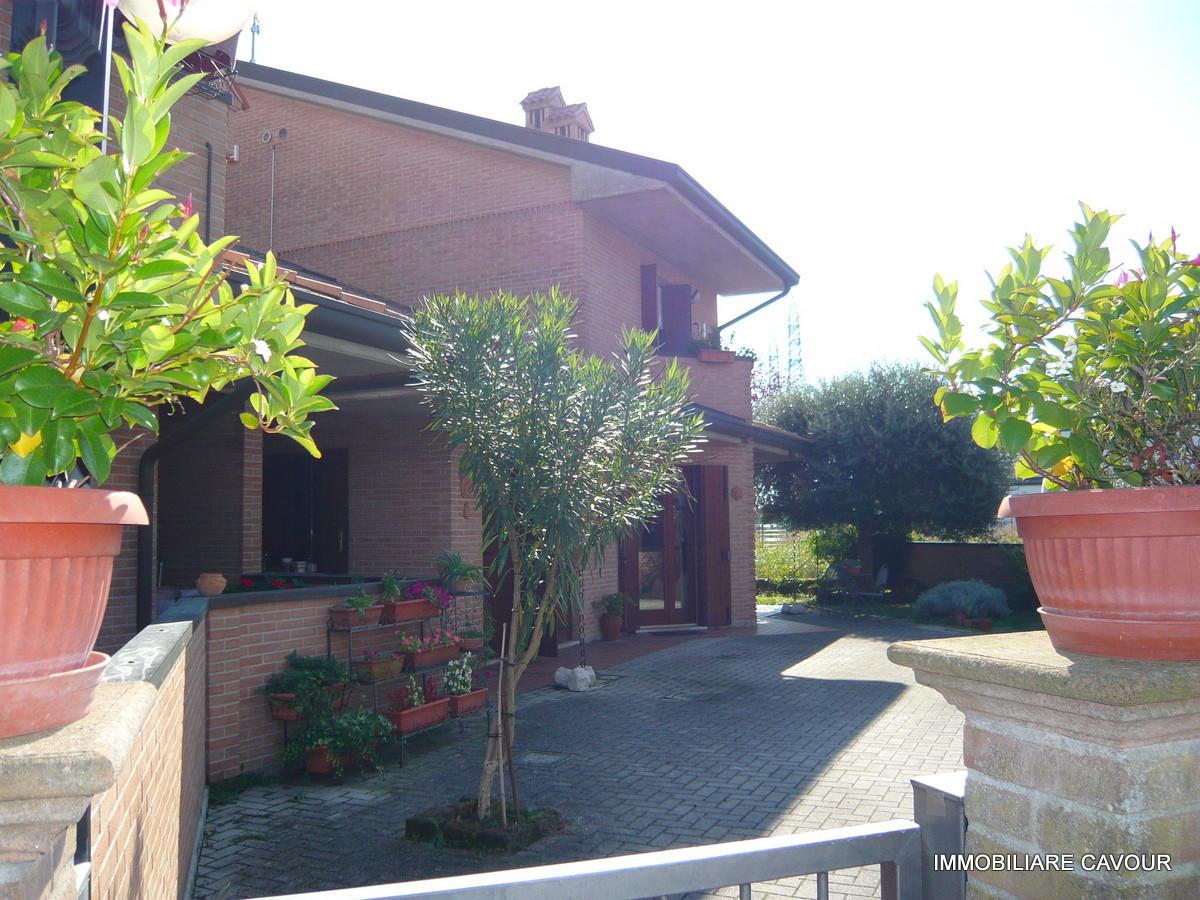 Villa Indip. in vendita Ferrara Zona Pontegradella