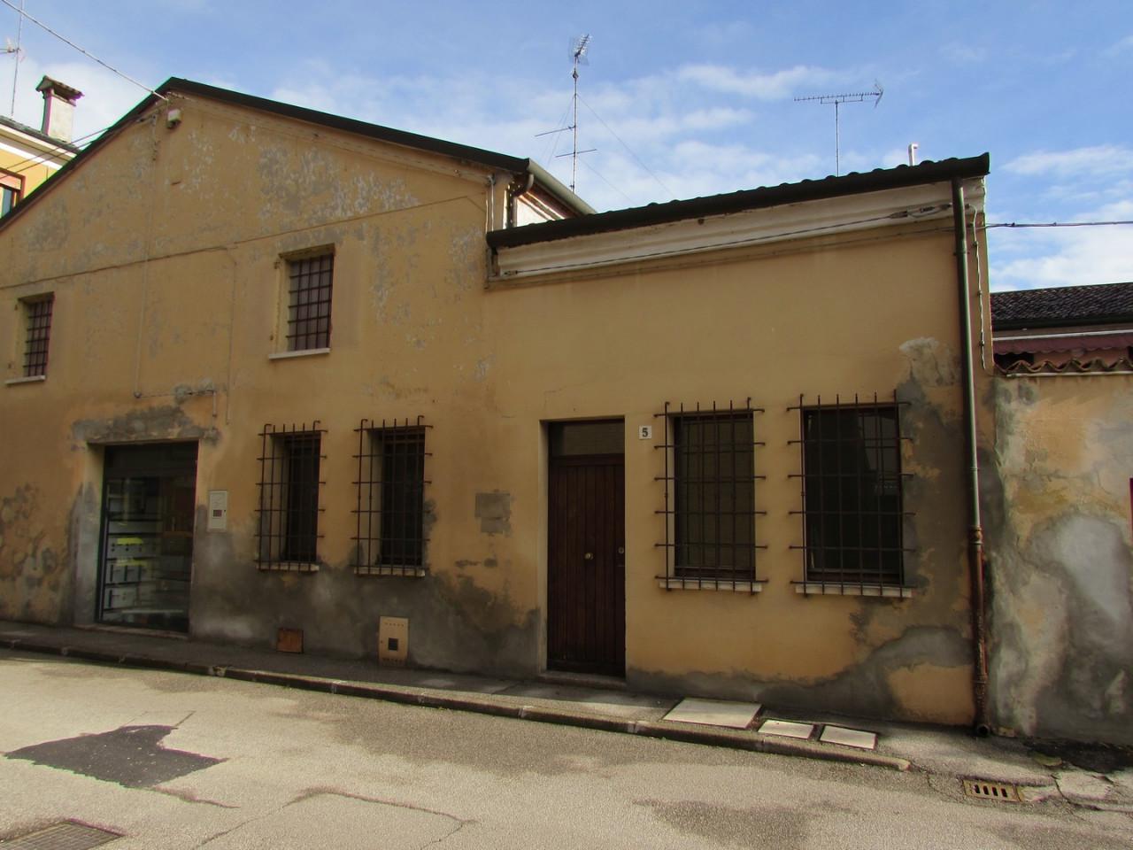 Ufficio in affitto Copparo