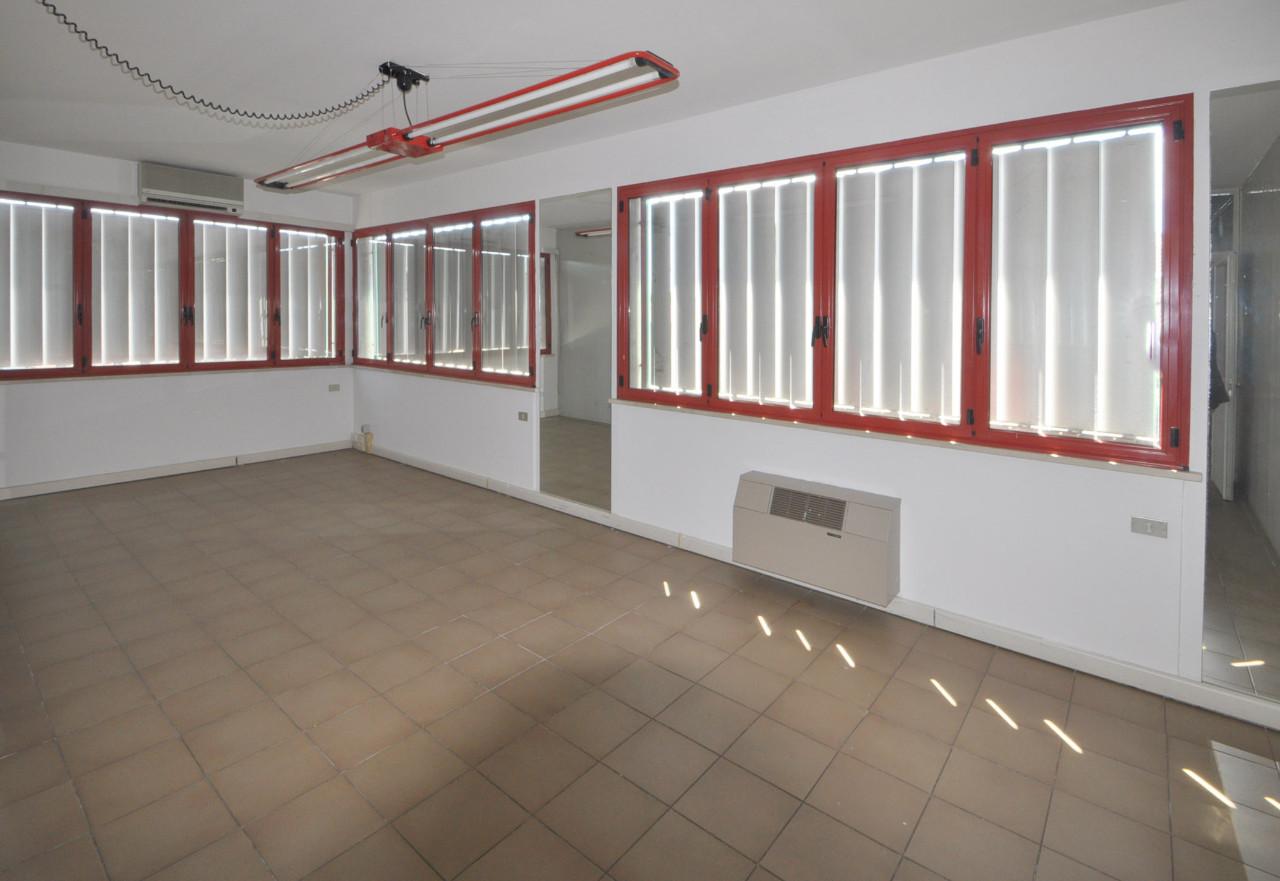 Ufficio in affitto Ferrara Zona Via Bologna