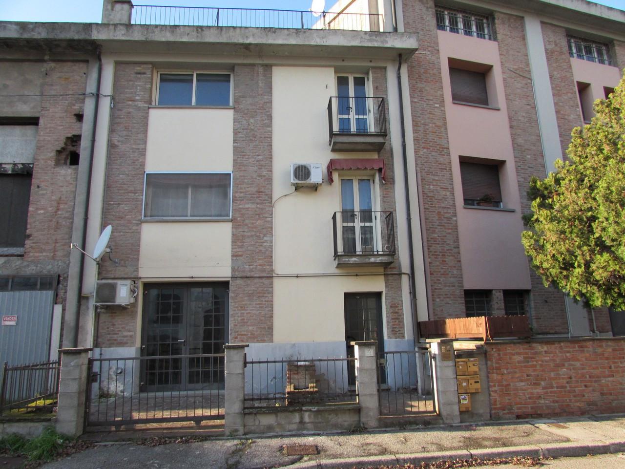 Monolocale in vendita Ferrara  - Pontelagoscuro