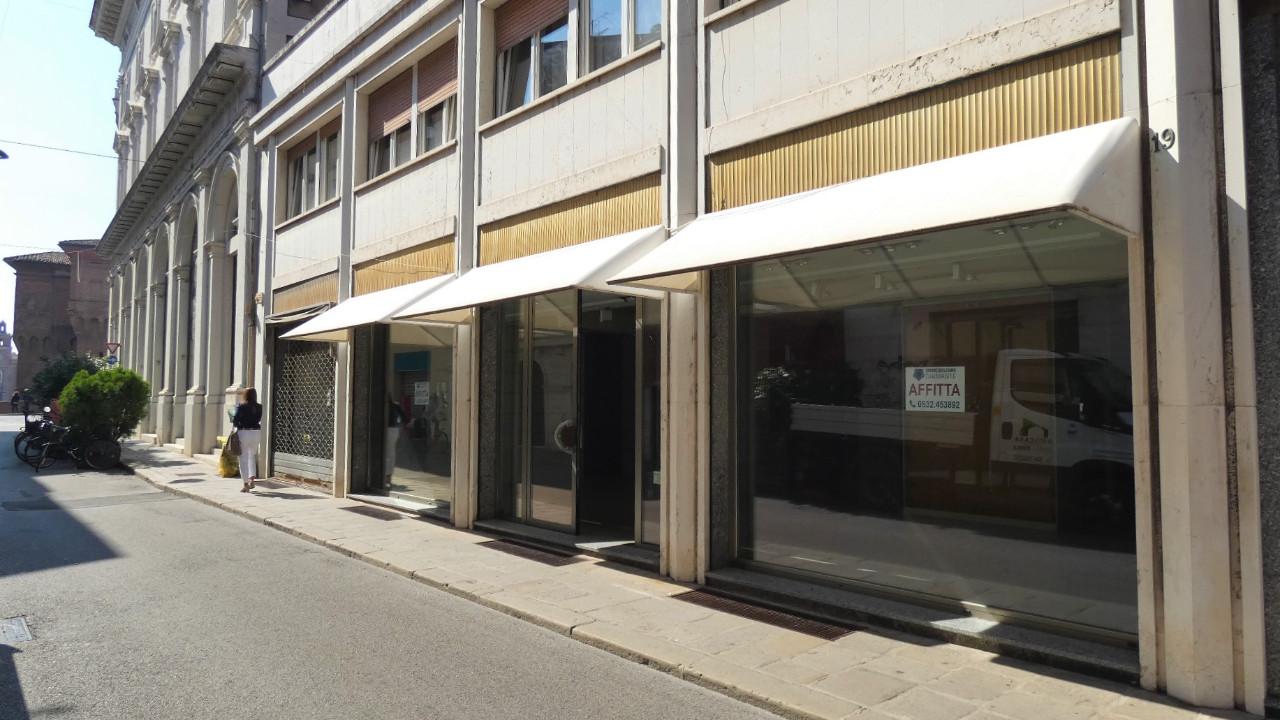 Negozio in Affitto a Ferrara Centro Storico - Rif. RIFF460 ...
