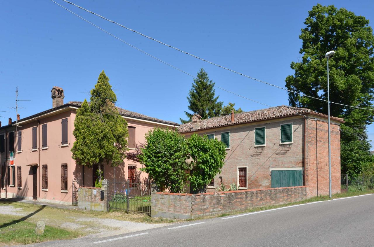 Rustico in vendita Ferrara Zona Pontelagoscuro
