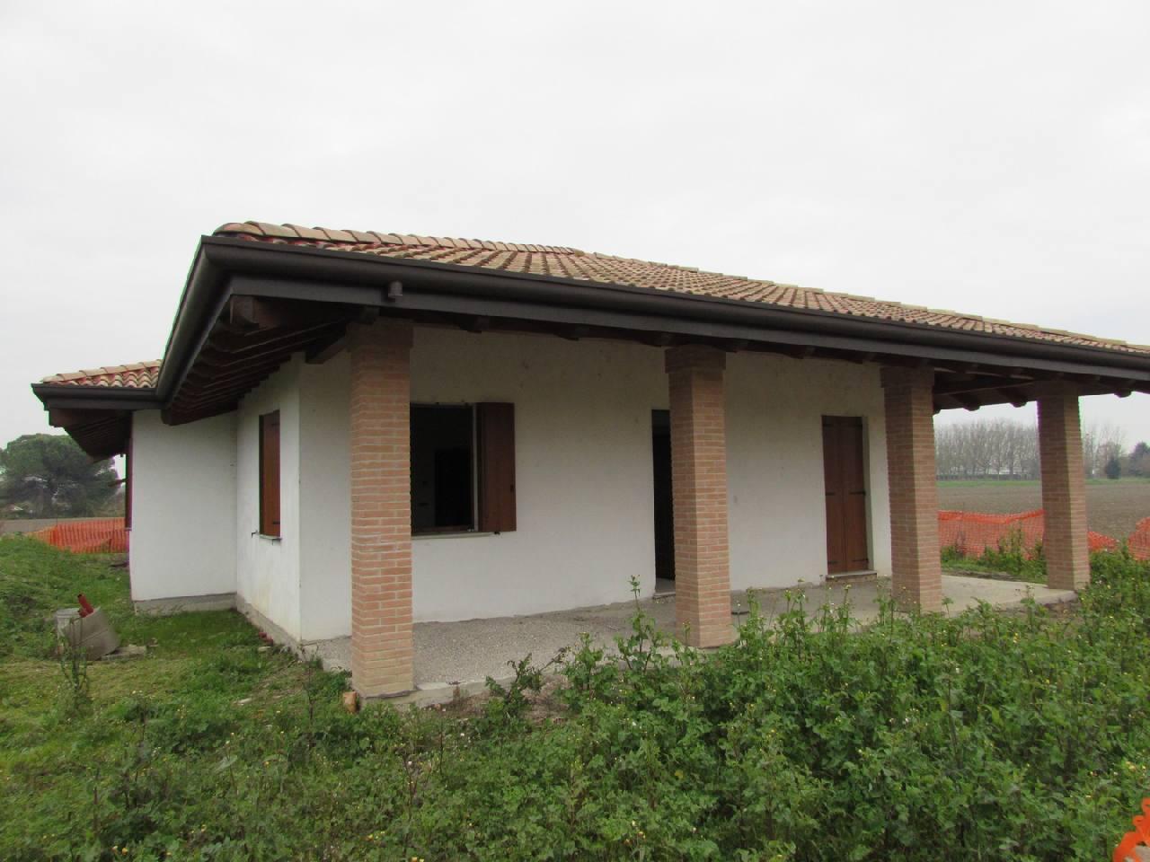 Villa Indip. in vendita Berra